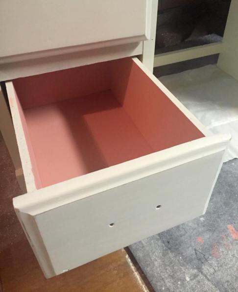 desk pink drawer